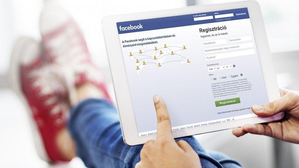 Facebook tiltás